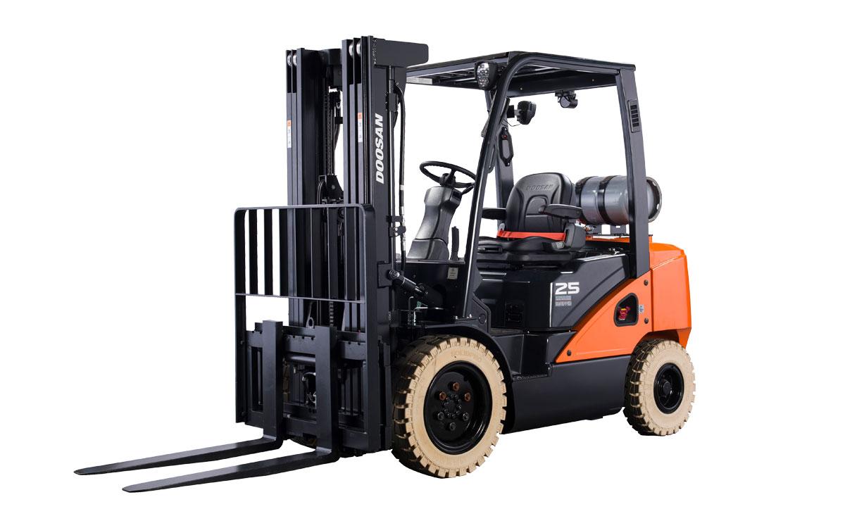 Warehouse Forklift, 5000 lb. Duel Fuel